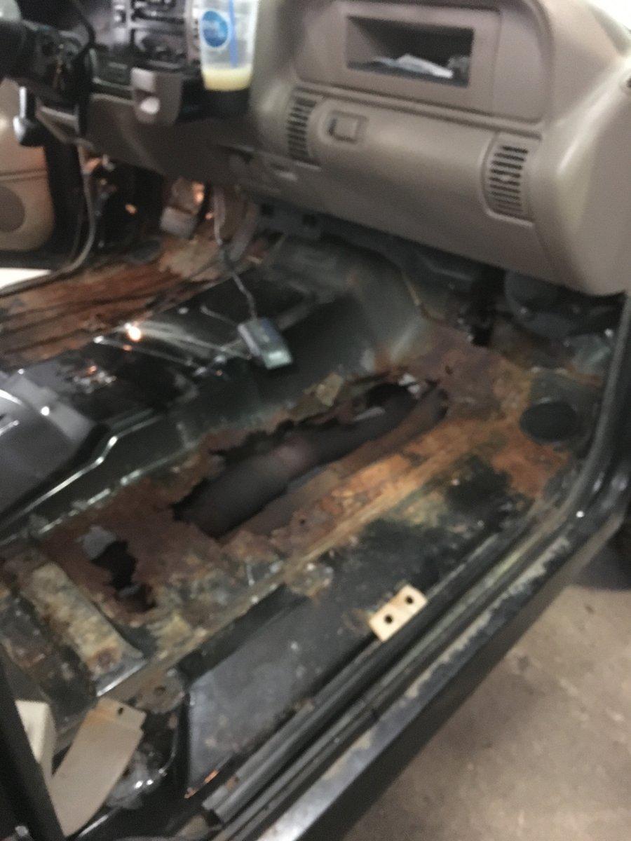 1999 gmc 2500 replace complete floor pans 02