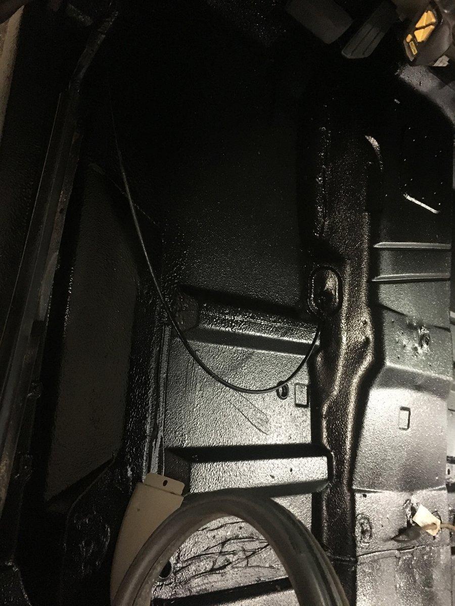 1999 gmc 2500 replace complete floor pans 11